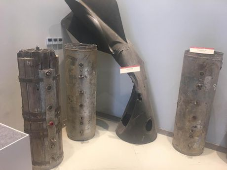 Soi 'quai vat bom min' bi Cong binh Viet Nam khuat phuc - Anh 7