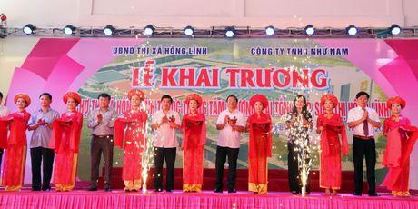 Ha Tinh: Trung tam thuong mai TX Hong Linh chinh thuc di vao hoat dong - Anh 1