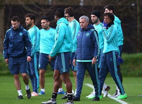 Mourinho lan dau chia se ve khoang thoi gian sau khi bi Chelsea sa thai - Anh 2