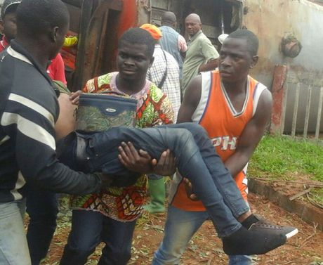Cameroon: Tau hoa trat banh, gan 655 nguoi thuong vong - Anh 3