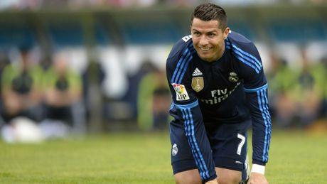 Bao Anh: Chu tich Perez chi muon 'loi dung' Ronaldo them 4 nam - Anh 2