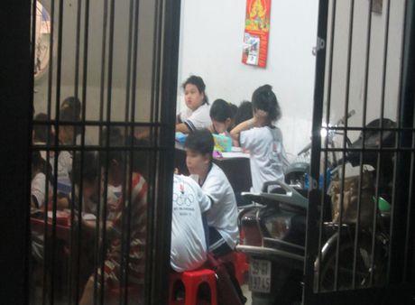 TP.Ho Chi Minh khong cho phep dung truong hoc de cho thue day them tieu hoc - Anh 1