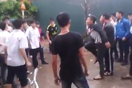 Khoi to, bat giam hai doi tuong danh tu vong hoc sinh truong THCS Quang An - Anh 1