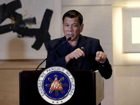 Tong thong Duterte mang ve cho Philippines 24 ti USD sau chuyen tham Trung Quoc - Anh 1