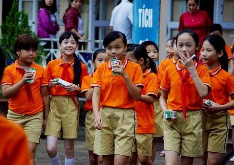 Vinamilk tien phong di dau trong chuong trinh sua hoc duong, vi mot Viet Nam vuon cao - Anh 8