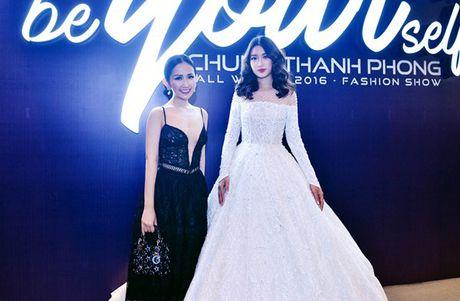 Fashionista Tram Nguyen do dang quyen ru ben canh hoa hau Do My Linh - Anh 5