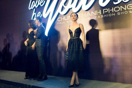 Fashionista Tram Nguyen do dang quyen ru ben canh hoa hau Do My Linh - Anh 7