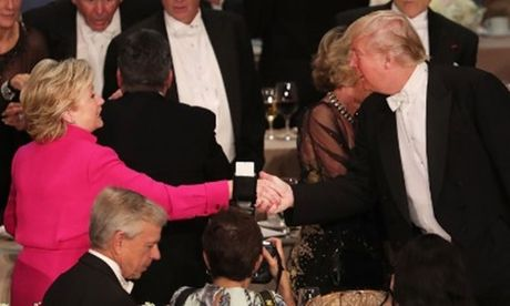 Bua tiec toi day loi cham choc cua Trump va Clinton - Anh 2