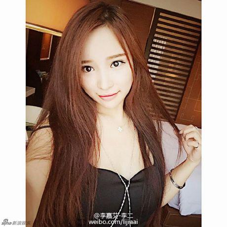 Ro ri anh rieng tu cua my nam bac menh Kieu Nham Luong va ban gai tin don - Anh 8