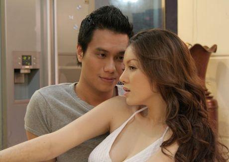 Dam Vinh Hung da xeo Tran Thanh chuyen lam 'nguoi thu ba'; le loi hy vong Brad Pitt - Angelina Jolie tai hop - Anh 3