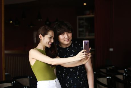 Cong khai tinh cam, Bao Anh van khong moi Ho Quang Hieu trong minishow - Anh 2