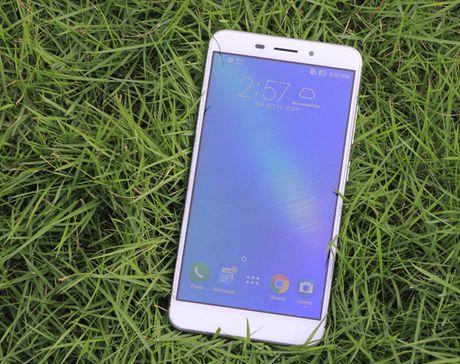 Zenfone 3 Laser con hon mot smartphone chuyen chup anh? - Anh 5