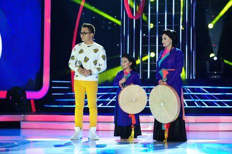 Hoai Linh che thi sinh gia Ho Ngoc Ha giong Ho Quynh Huong - Anh 14