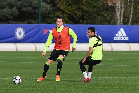 Don Terry tro lai, Conte san sang doi dau Mourinho - Anh 1