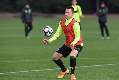 Don Terry tro lai, Conte san sang doi dau Mourinho - Anh 2