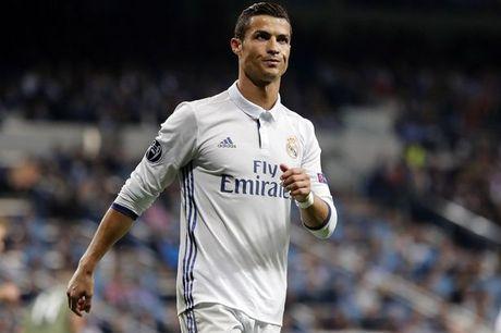 De nghi gia han cua Ronaldo bi Real Madrid tu choi - Anh 1