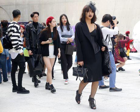 Mai Ngo lo nhuoc diem tai Seoul Fashion Week - Anh 7