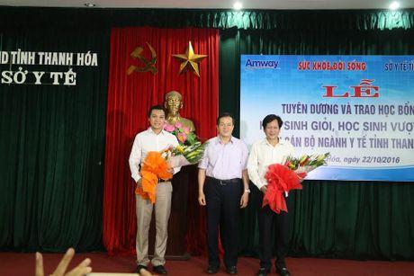 Bao SK&DS tiep suc cho uoc mo cua hoc sinh vuot kho Thanh Hoa - Anh 4