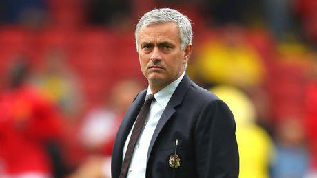 Mourinho: 'Abramovich doc doan, duoi toi khong thuong tiec' - Anh 1