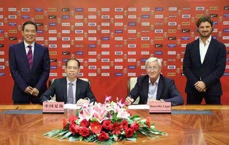 CAP NHAT toi 22/10: Lippi chinh thuc dan dat tuyen Trung Quoc. Tro lai Man United la giac mo cua Pogba - Anh 1