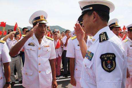 3 tau Hai quan Trung Quoc tham cang Cam Ranh - Anh 2