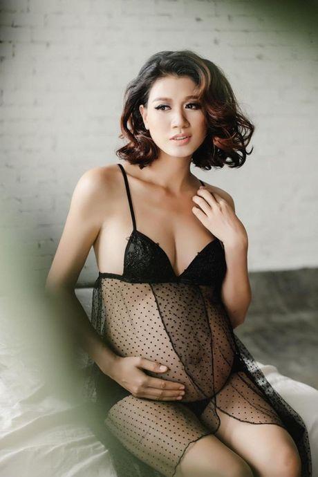 My nhan Vbiz dien bikini qua doi goi cam luc bau bi - Anh 9
