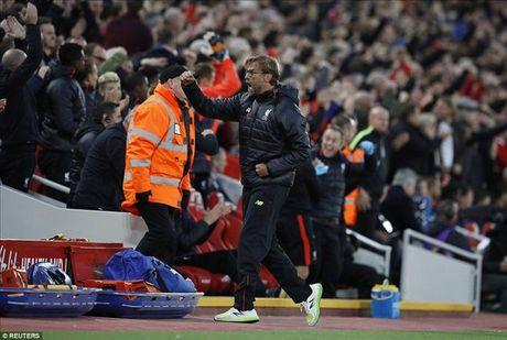 Liverpool 2-1 West Brom: Jurgen Klopp da biet danh bai Tony Pulis - Anh 1