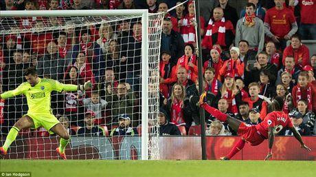 Liverpool 2-1 West Brom: Jurgen Klopp da biet danh bai Tony Pulis - Anh 3