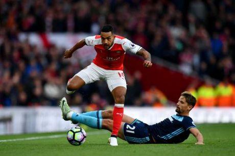 5 diem nhan sau tran Arsenal 0-0 Middlesbrough: Thoi quen cua Arsenal? - Anh 2