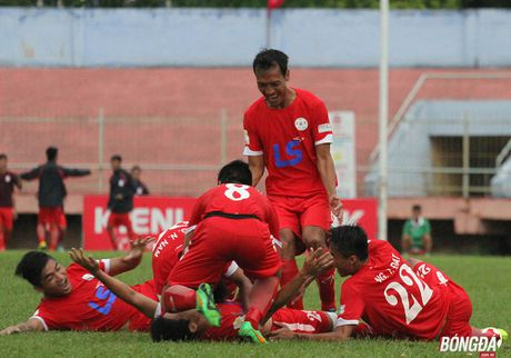 Tan binh V-League hoi quan chuan bi mua giai 2017 - Anh 1