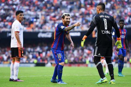 Kinh ngac ve so ban thang cua Messi sau 11 tran - Anh 1