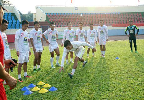 TRUC TIEP U.21 Than Quang Ninh 0-0 U.21 HAGL: Day song san Cam Pha - Anh 12