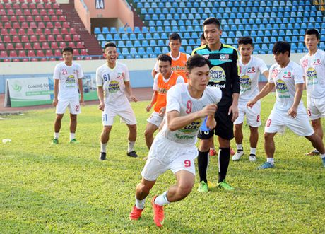 TRUC TIEP U.21 Than Quang Ninh 0-0 U.21 HAGL: Day song san Cam Pha - Anh 8