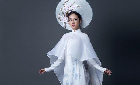 Day la quoc phuc cua Phuong Linh tai Hoa hau quoc te 2016 - Anh 1