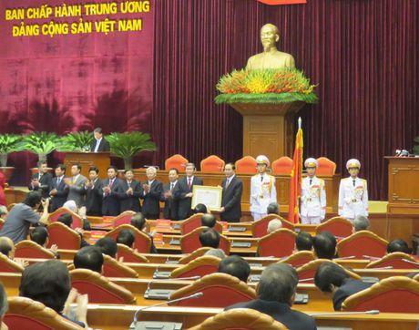 Tong Bi thu du le Ky niem 20 nam thanh lap Hoi dong Ly luan Trung uong - Anh 2