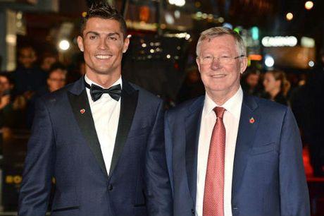 Tiet lo: Ronaldo tu vuon den dinh cao, khong nho Sir Alex - Anh 1