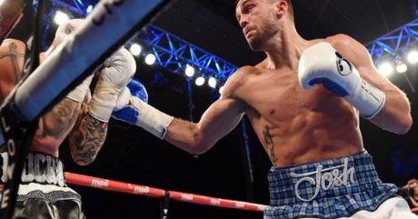 Boxing: Vo sy 9X dau 7 tran thang knock-out ca 7 - Anh 1