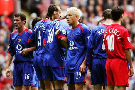 "MU: Sir Alex tung ""xau xi"" nhu Mourinho de thanh cong - Anh 2"