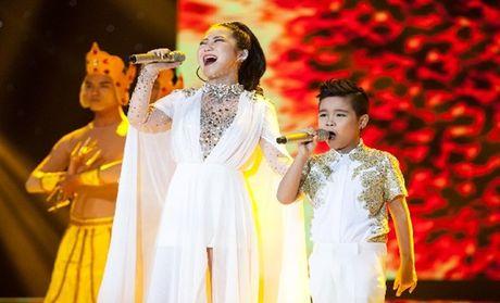 Hong Nhung, Phuong Thanh va Huong Tram 'chay' cung Top 3 'Giong hat Viet nhi' - Anh 3