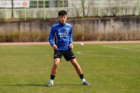 Xuan Truong da chinh lan thu 2 tai giai K.League - Anh 2