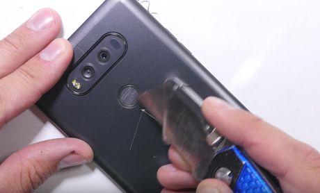 LG V20 toi ta vi bi 'rach mat' va 'be xuong song' - Anh 7