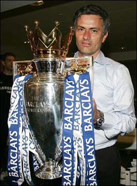Mourinho gap lai Chelsea: Moi duyen lanh am mui thuoc sung - Anh 5