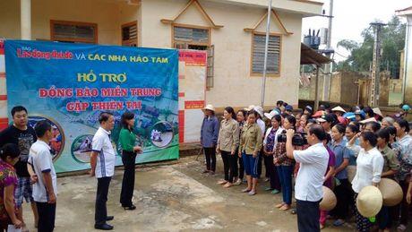 Bao Lao dong Thu do tiep tuc hanh trinh cuu tro tai ron lu Huong Khe - Anh 2