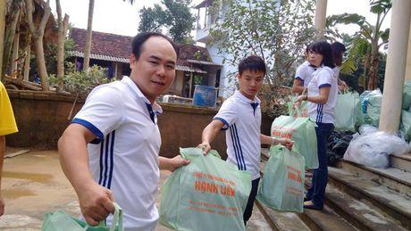 Bao Lao dong Thu do tiep tuc hanh trinh cuu tro tai ron lu Huong Khe - Anh 5