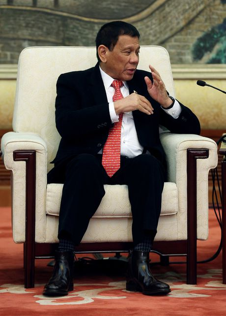 Nuoc My truoc tinh ban moi Duterte - Trung Quoc - Ky 3: Khong can qua lo! - Anh 4