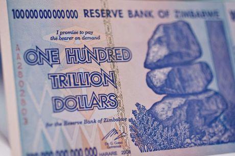 Tien moi cua Zimbabwe goi nhac canh lam phat 500 ti % - Anh 1