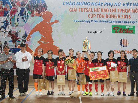 Thang Nguoi Lao Dong 2-1, Citibank doat chuc vo dich - Anh 2