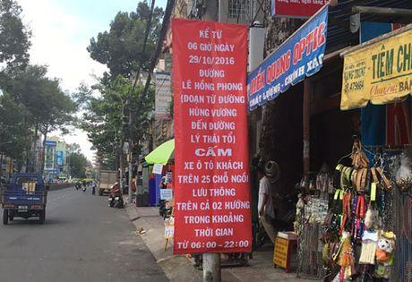Cam duong o ben xe 'lau' Thanh Buoi - Anh 1