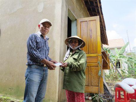 Bao NNVN va ban doc tiep tuc dong hanh cung ba con vung lu Quang Binh - Anh 8