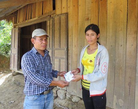 Bao NNVN va ban doc tiep tuc dong hanh cung ba con vung lu Quang Binh - Anh 9